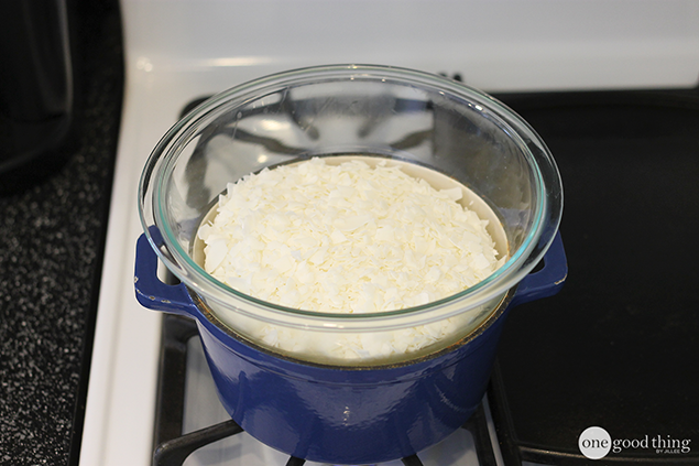 soy-wax-in-double-boiler
