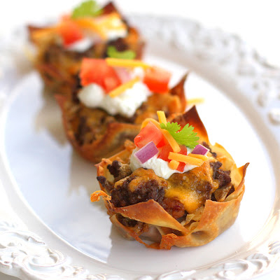 taco-cupcakes-plate