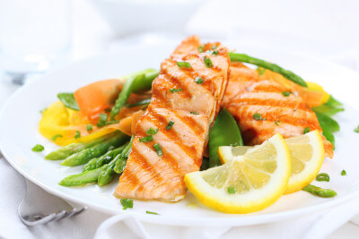 bigstock-grilled-salmon-with-asparagus--29994770web