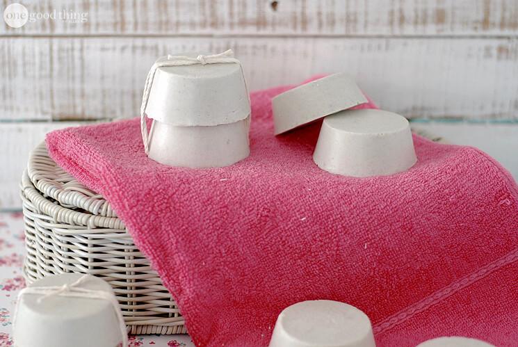 foaming clay soap