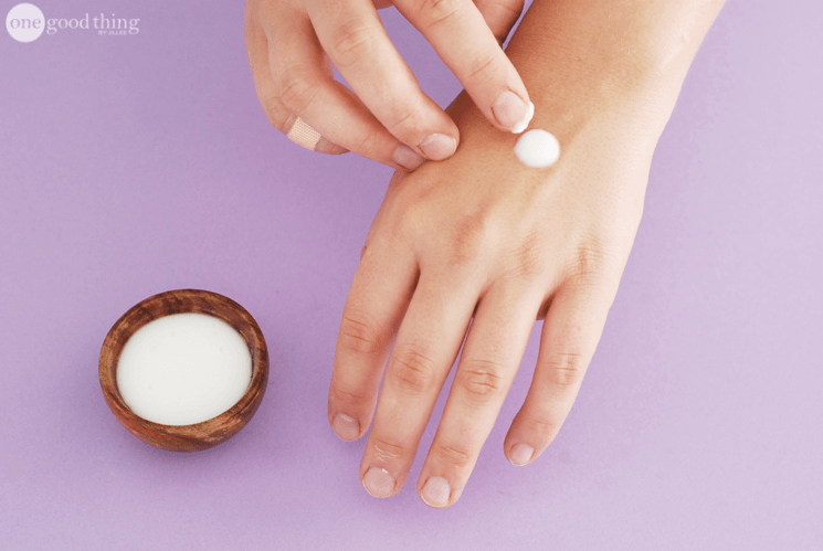 10 Easy Home Remedies for Summer Wounds and Woes