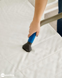 vacuum up cleaning powder