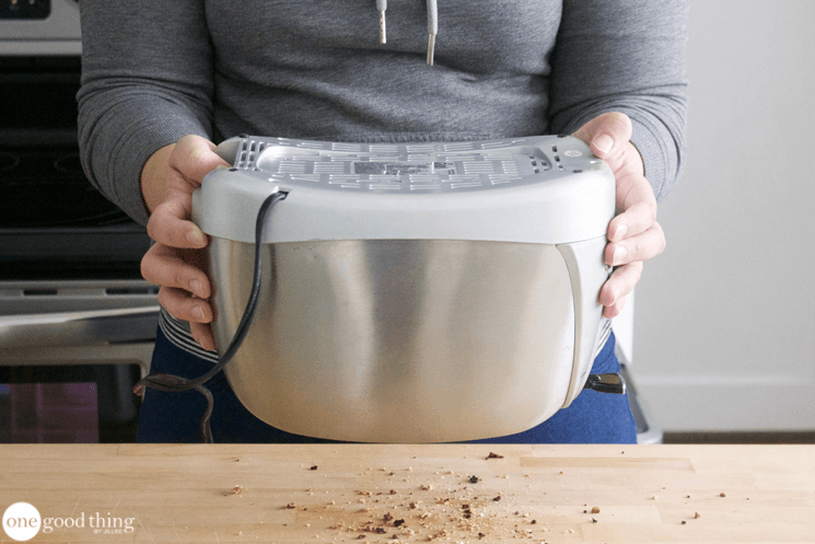 How To Clean Your Toaster So It Looks Brand New