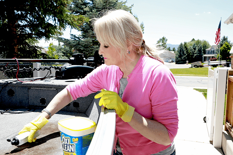 Cleaning Our Boat With OxiClean