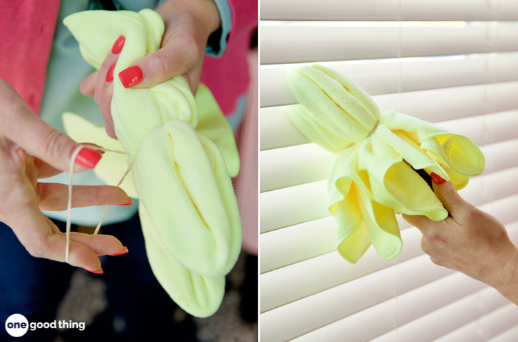 Dust Your Blinds Quickly With Tongs