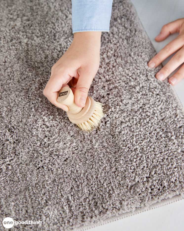Remove Glue From Fabric & Carpet