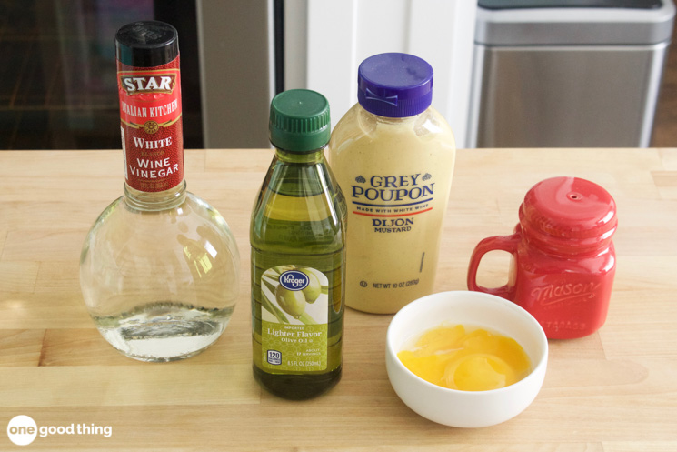 ingredients for homemade mayo